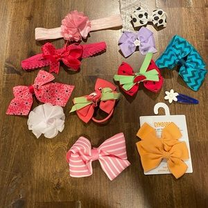 Kids hair bows lot